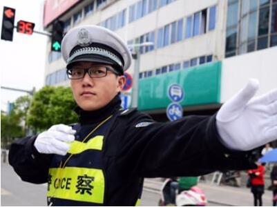 有了AI,警务服务质量更高