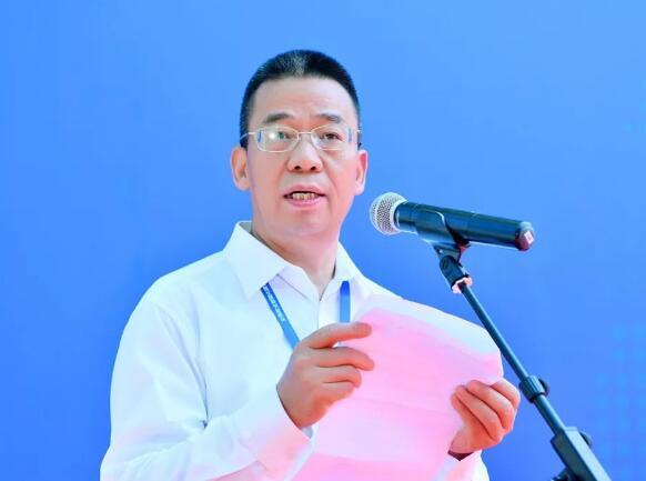 高新兴科技集团股份有限公司总裁侯玉清在开幕式上致辞。